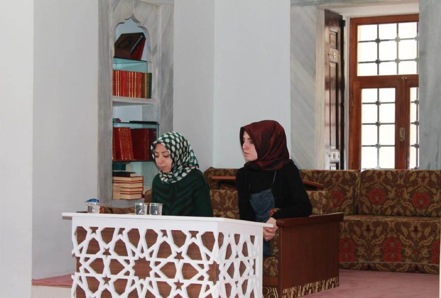 Bir Yaşam Bir Kavram; Aliya İzzetbegoviç – Kimlik - Forumlar - İsdam, İstanbul Stratejik Düşünce ve Araştırma Merkezi
